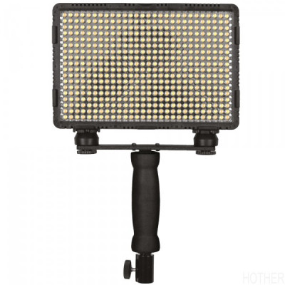 CN5400XPRO Nanguang 504 LED Bi-Colour On Camera Light, 232 x 62 x 201mm